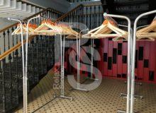 Аренда гардероба на выезд для 200 - 500 человек на мероприятие цена в СПб и МСК, выездной гардероб в прокат взять