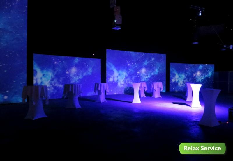 Световая мебель на презентации Jaguar