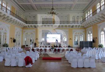 Аренда мебели и оборудования для городских мероприятий в СПб и МСК