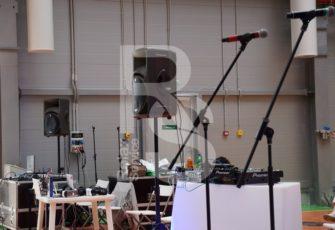 Аренда радиомикрофонов на мероприятие в МСК цена, взять в прокат микрофон с радио сигналом для выступления дистанционного в СПб стоимость