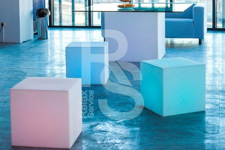 Световой куб CUBO 40 аренда на мероприятие в СПб, прокат открытого куба с подсветкой
