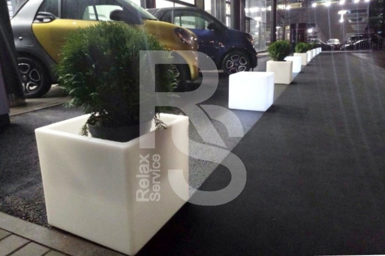 Световой куб Open Cubo аренда на мероприятие в СПб, прокат открытого дизайнерского куба с подсветкой
