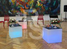 Световой куб Open Cubo аренда на мероприятие в СПб и МСК, прокат открытого куба с подсветкой