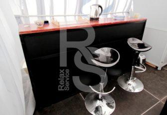 Аренда черного барного стула и мебели цена в СПб и МСК на мероприятие, прокат стула для бара