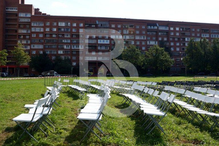 стул складной пластиковый белый аренда на мероприятие спб цена