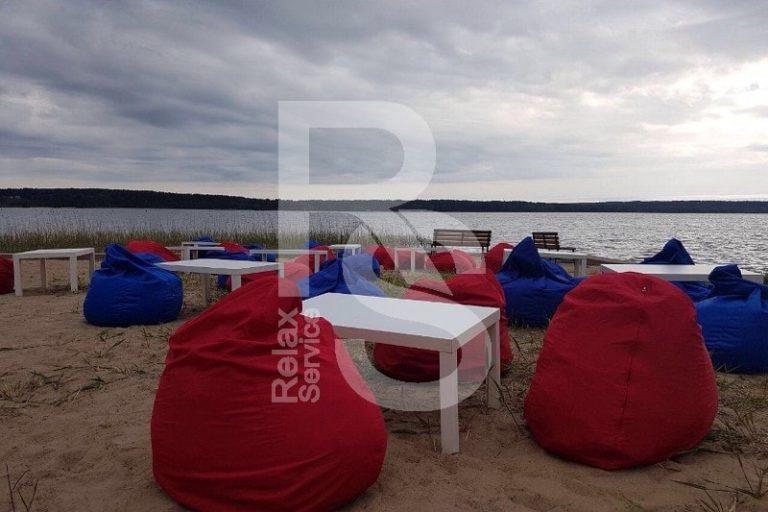 Кресло мешок красный Bean Bag Opti аренда на мероприятие в СПб цена, кресло груша Бин Бег большой в красном чехле прокат