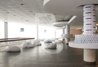 Прокат мебели на мероприятия в Санкт-Петербурге и Москве