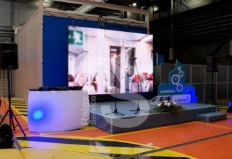 Обеспечение мероприятий выставочным оборудованием в аренду в Москве и Петербурге - услуга