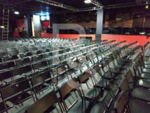 Складные стулья для проектов в Arts Square Gallery и клубе ЗАЛ
