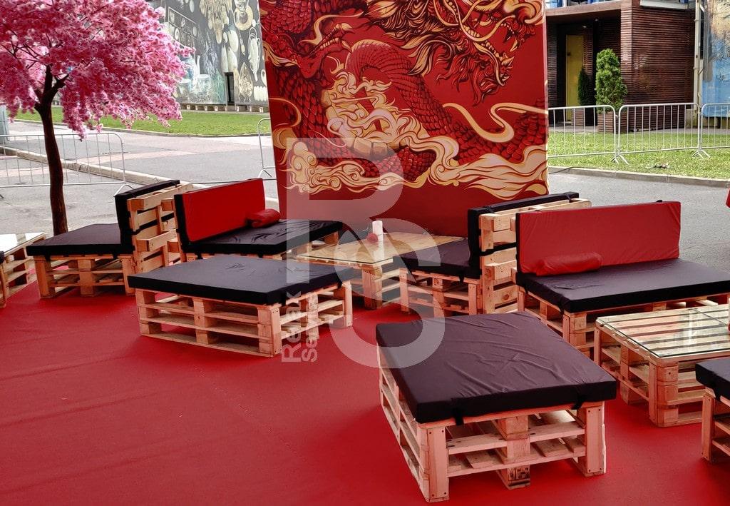 Паллетная мебель на день строителя