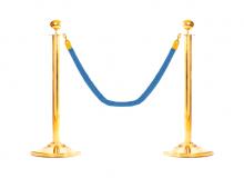 Золотой столбик с синим канатом